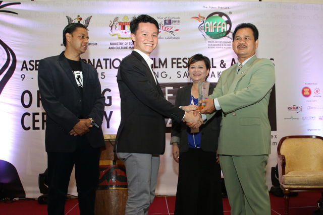 FMM receive token for sponsoring AIFFA 2015